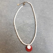 Leather Dots rood wit ketting