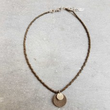 Leather Dots taupe beige ketting